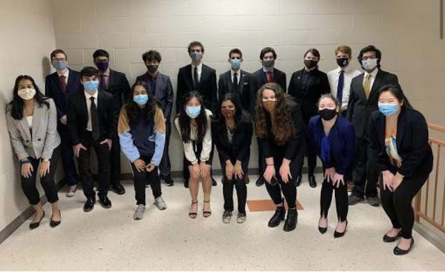 St Clair Speech and Debate Go to States!